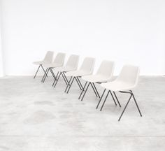 Polyprop chair by Robin Day for Tecno/ Hille 1962