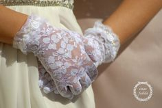 Lace Gloves Bridal Wedding Gloves Floral lace by bridaljewelries, $35.00