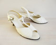 Wedding Heels White Bumps Open Toe High Heel Shoes Vintage Open Toe High Heels, White Heels, Wedding Heels, Vintage Shoes, White Leather, Vintage Ladies, Peep Toe, Fashion Accessories, Shoes Heels