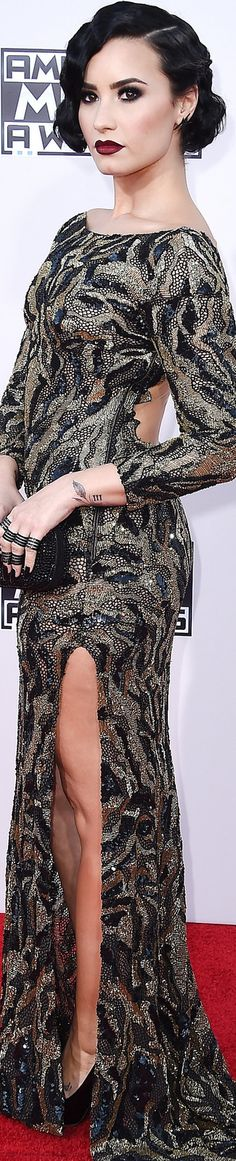 Demi Lovato in Lorena Sarbu American Music Awards Red Carpet 2015