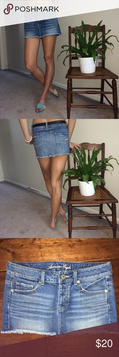 """American Eagle Outfitters Denim Mini Jean Skirt Excellent, very lightly used condition. (Not sure if my daughter ever even wore this!) 100% Cotton. Machine wash. Button Fly. For reference, my model is 5 feet 8"""" tall and 120 pounds. American Eagle Outfitters Skirts Mini"""