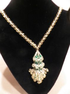 Coppola e Toppo vintage Necklace yellow and emerald green crystal unsigned #CoppolaeToppo #NecklacewithTassel