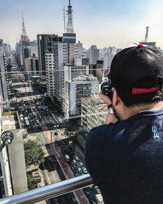 """O tempo parou feito fotografia..."" #tempo #cidade #instagood #sp #vcnouol  #saopaulo #igersbrasil  #iger #fallowme #bestoftheday #urbano #folhadesaopaulo #imagem #photograph  #picoftheday #fotografosiiniciantes #fotografia #urban #paulista  #Canon #Nikon  #d3500 #iger #ferias #detalhes #goodnaight #boanoitee #viagem #domingo"