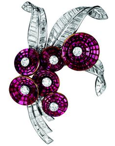 Van Cleef & Arpels (from the Duchess of Windsor's jewellery collection) - Ruby and Diamond Brooch