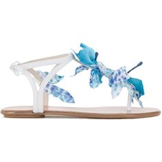 Aquazzura 'Flora' flat sandals (237.175 CLP) ❤ liked on Polyvore featuring shoes, sandals, white, white flat sandals, floral sandals, t-strap flat sandals, ankle strap flats and summer sandals