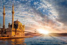 #Ortaköy #Mosque Herkese Hayırlı Ramazanlar 🙏🏼Umre kelime anlamı olarak ziyaret demektir. Müslümanların Kâbe'yi hac mevsimi dışında ziyaret ederek yaptıkları ibadete umre denir. Hac ve umrenin peş peşe yapılması tavsiye edilmiştir. Allah gitmek görmek isteyen herkese Nasip Etsin 🕋🙏🏼#SahinogluTurizm #UmredeFark #Umre#Hac #Mekke #Medine #islam #iman#müslim #müsliman