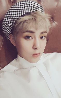 Xiumin or Mark Lee? Exo Xiumin, Kpop Exo, Exo 12, Exo Album, Exo Korean, Korean Men, Kim Minseok, Xiuchen, Exo Members