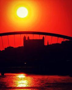 Sunset over Bratislava, Slovakia - Beautiful places for vacation and trip. Bratislava Slovakia, Sunsets, Photo S, Travel Photography, Beautiful Places, Castle, Europe, Celestial, Vacation