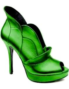 Jerome Rousseau - these would be awesome to wear in Oz! Lol