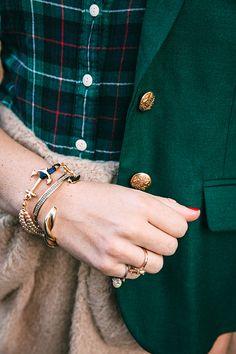 Classy Girls Wear Pearls: I Like Big Bows