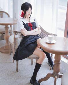 as Shinomiya Kaguya Kawaii Cosplay, Anime Cosplay Mädchen, Asian Cosplay, Cute Cosplay, Amazing Cosplay, Cosplay Outfits, School Girl Japan, Beautiful Japanese Girl, Beautiful Asian Girls