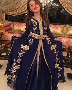Cuuuute 😍😍😍😍 caftans by Morrocan Dress, Moroccan Caftan, Little Girl Dresses, Girls Dresses, Kids Kaftan, Mother Daughter Fashion, Girl Fashion, Fashion Outfits, Caftan Dress