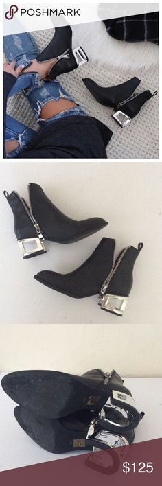 Jeffery Campbell Black Booties 8 1/2 Jeffery Campbell Black Booties 8 1/2 worn once Jeffrey Campbell Shoes Ankle Boots & Booties
