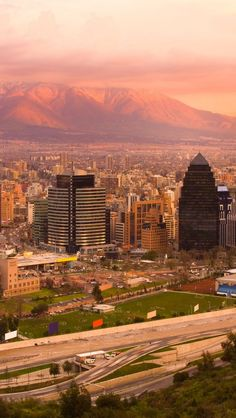 Santiago-Chile2-1136x640.jpg (640×1136)