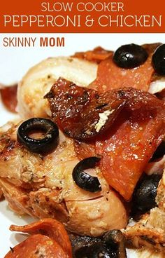 Slow Cooker & Pepperoni Chicken! Bold flavor, low in fat and calories and high in protein, this dish is a MUST SHARE! Only 5 WW POINTS!
