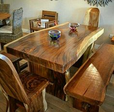 Wooden Dining Table Designs, Unique Dining Tables, Wood Table Design, Wooden Dining Tables, Cedar Furniture, Solid Wood Furniture, Rustic Furniture, Wood Resin Table, Wooden Countertops