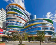 Pelli Clarke Architects' Buerger Center for Advanced Pediatric Care at the Children's Hospital of Philadelphia (Courtesy PCP Architects)