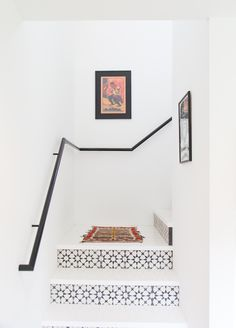 pinned by barefootblogin.com  Casual Bohemian Bungalow | staircase tile
