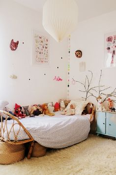 10 Cheerful Kids Rooms