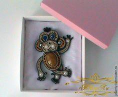 """Купить Сутажная брошь """"Обезьянка"""" - коричневый, сутаж, сутажное украшение, обезьянка, обезьянка ручной работы"""