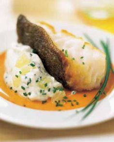 Roasted cod steaks and lemon cream, Food And Drinks, Roasted cod and lemon whipped cream. Fish Recipes, Lunch Recipes, Vegetarian Recipes, Healthy Recipes, Roasted Cod, Tumblr Food, Lemon Cream, Whipped Cream, Party Food And Drinks