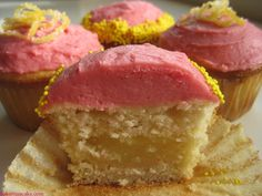 Lemon Bar Vanilla Cupcakes With Raspberry Buttercream