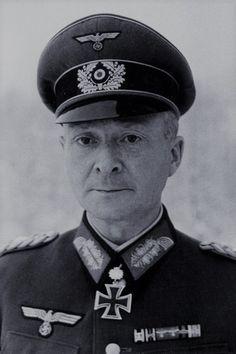 Generalleutnant Walter Fries (1894-1982), Kommandeur 29. Panzergrenadier Division, Ritterkreuz 14.12.1941, Eichenlaub (378) 29.01.1944, Schwerter (87) 11.08.1944