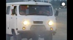 Pese a la polémica, la ayuda humanitaria rusa viaja ya de camino a Ucrania