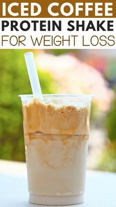 Healthy Iced Coffee Protein Shake Recipe for weight loss: A healthy low calorie, low carb, high protein, and filling breakfast or lunch smoothie. This recipe is gluten-free. calorie recipes Healthy Low Carb Iced Coffee Protein Shake Recipe for Weight Loss Weight Loss Protein Shakes, Healthy Protein Shakes, Protein Shake Recipes, Healthy Smoothies, Healthy Drinks, Morning Protein Shake, Detox Drinks, Low Carb Shakes, Low Calorie Smoothies