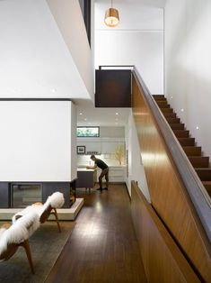 Staircase separates areas in the valley house by superkül xxl, design trend Modern Architectural Styles, Brick Cladding, European Style Homes, Wooden Staircases, Mid Century House, Minimalist Decor, Midcentury Modern, Home Deco, Interior Architecture