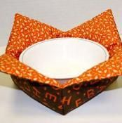 Microwave Bowl Holders - via @Craftsy