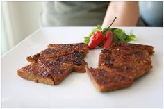 Love This Sweet and Spicy Baked Tempeh Recipe