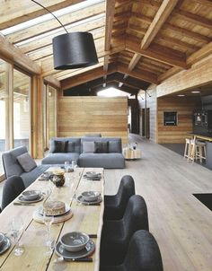 Contemporary wooden house, chalet at Carroz in Haute-Savoie – decor Chalet Interior, Interior Design, Contemporary Interior, Ideas Cabaña, Sweet Home, Cabin Interiors, Wooden House, Style At Home, House In The Woods