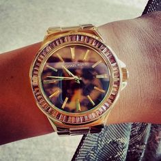 MK Watch ♡ uno asi para navidad! Relojes Michael Kors Access Our Site Much More Information http://storelatina.com/chile/relojes #чылі #čile #ชิลี #චිලී