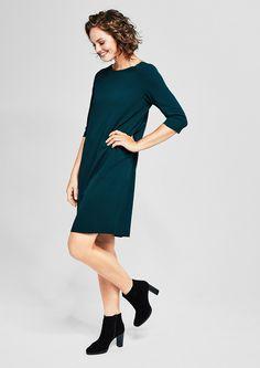 Pures Kleid aus Double-Face-Jersey von s.Oliver. Entdecken Sie jetzt topaktuelle Mode für Damen, Herren und Kinder und bestellen Sie online.