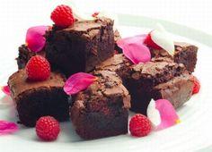 Dark Chocolate & Raspberry Brownies Recipe : Cook Vegetarian Magazine