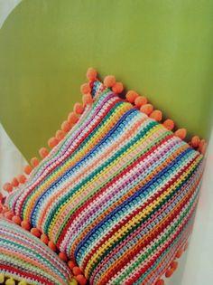 Susie Johns pom Pom trim cushion | #crochet Issue 2