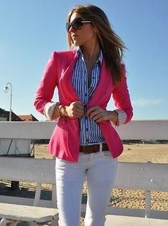 weiße Jeans, pink Blazer