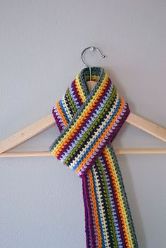 Great scrap yarn pattern!  And there is no weaving in ends.  The ends are used to make the fringe.  Cool idea.