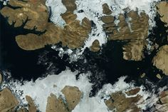 Sea Ice Clearing from Northwest Passage : Natural Hazards : NASA Earth Observatory