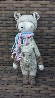 KIRA the kangaroo made by Mandy van Z. / crochet pattern by lalylala