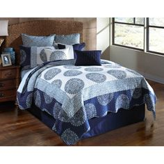 Blue Medallion Queen Bedding Set - 9 Pc. https://yumdey.com/index.php?route=product/product&product_id=344