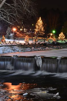 Christmas in Chagrin Falls, Ohio, USA