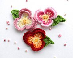 Ganchillo - Crochet el Applique - de flor multicolor - flor de pensamiento Viola - hecho por encargo