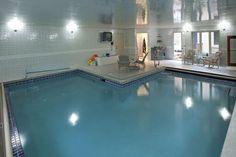 indoor pool!!1