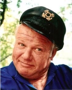 Alan Hale, jr (3/8/21 - 1/2/90) American film and television actor, best known for his role as Skipper on the popular sitcom Gilligan's Island. Hale was the lookalike son of popular supporting film actor Alan Hale, Sr.