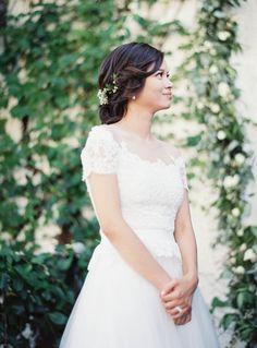 Photography: Jen Huang - JenHuangPhoto.com Wedding Dress: Reem Acra - ReemAcra.com   Read More on SMP: http://www.stylemepretty.com/2016/03/22//