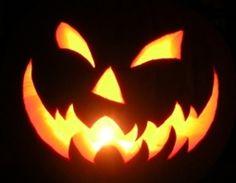 jack+o'lantern+carving | Jack o Lantern Getting Ready for #Halloween | Jack O Lantern Carving ...