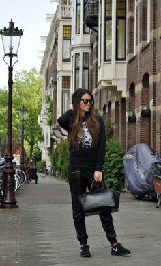 www.satis-fashion.org / love black on black