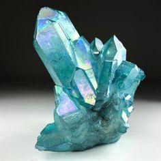 Blue aura quartz - (Man Made Quartz) Minerals And Gemstones, Rocks And Minerals, Raw Gemstones, Aqua Aura Quartz, Quartz Crystal, Blue Aura, Quartz Cluster, Crystal Cluster, Crystal Aesthetic